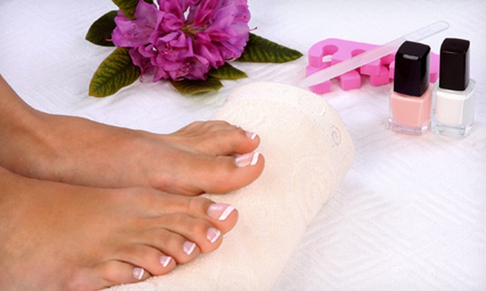 We Treat Feet Spa - Garrison: One or Two Pedicures or One Mani-Pedi at We Treat Feet Spa (Up to Half Off)