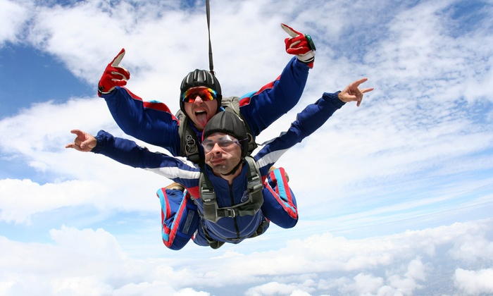 Skydive Sacramento - Skydive Sacramento: Ground School and Tandem Jump for One or Two from 9,000 or 13,000 Feet from Skydive Sacramento (50% Off)