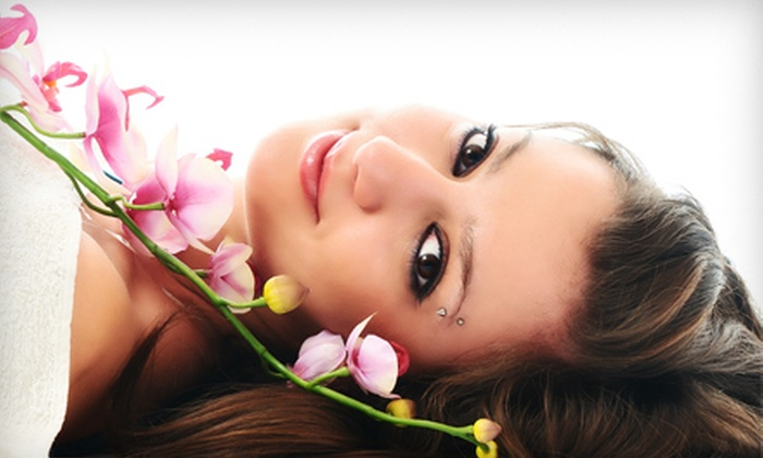 Q&R Harmony Day Spa - Amazing Days Spa: Choice of 60-Minute Facial with Optional 30-Minute Massage at Q&R Harmony Day Spa (Up to 68% Off)
