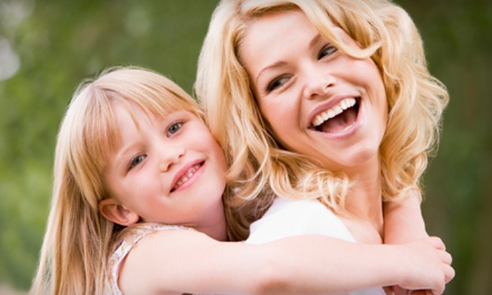 Right Dental Group - Multiple Locations: $35 for a Dental Package with Exam, Cleaning, and X-rays at Right Dental Group ($300 Value)