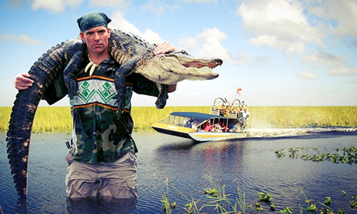 Everglades Holiday Park - Fort Lauderdale: $13 for Airboat Tour and Alligator Show from Everglades Holiday Park (Up to $25 Value)