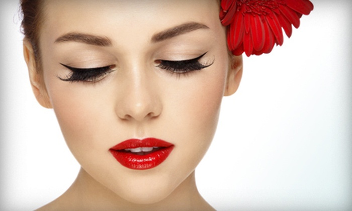 Eye Candy Lash Lounge - Wellington: Eyelash Extensions with Lash Dip or Reflexology i at Eye Candy Lash Lounge (Up to 52% Off)