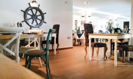 Meloso de bogavante o solomillo de ternera con 3 entrantes, postre y botella de vino desde 34,90 € en Isla Coveta