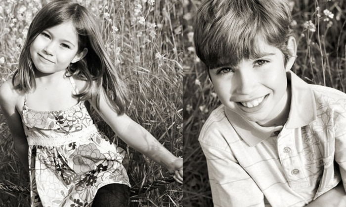 Lesley Bryce Photography - Ventura County: $49 for One-Hour On-Location Family Photo Shoot with DVD and Print Credit by Lesley Bryce Photography ($440 Value)