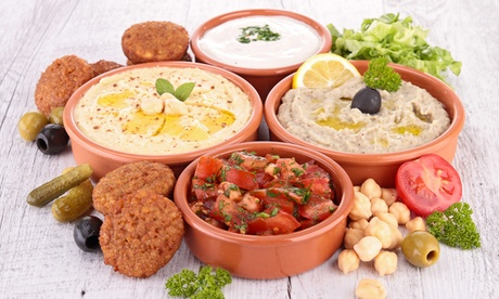 Cocina árabe para 2 o 4 personas con degustación de 6 platos y bebida desde 15,95 € en Marrakech Oferta en Groupon