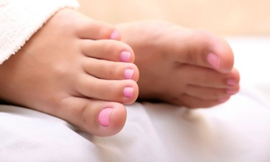Northern Virginia Wellness Center: $199 for One Laser Fungus Removal Treatment on Two Feet at Northern Virginia Wellness Center ($795 Value)