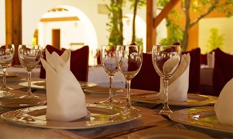 Menú degustación de ibéricos con principal, postre y bebida para dos o cuatro desde 24,95 € en Mesón El Cid