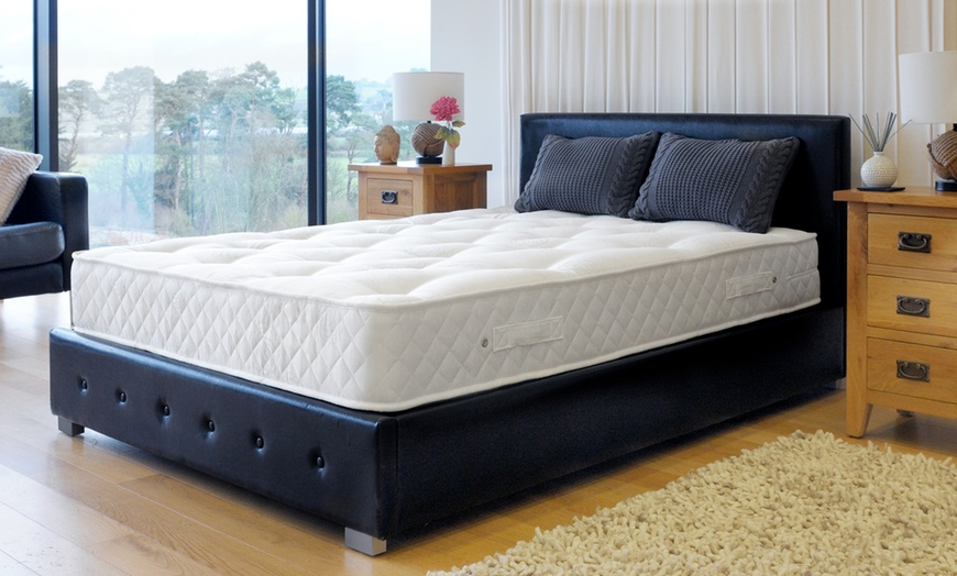 Hand-Tufted 2000 Pocket Sprung Mattress