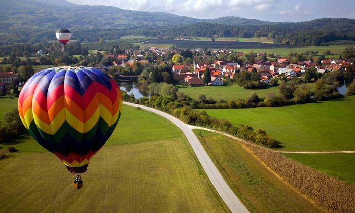 Fly High Balloons - Huntsville: $147 for a Hot-Air-Balloon Ride for One from Fly High Balloons ($245 Value)