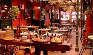 La Caballeriza Martinez: Desde $499 por parrillada + guarnición + copa de vino + postre para dos o cuatro en La Caballeriza Martinez