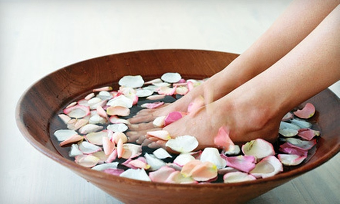 Salon Mode' & Daydreams Spa - Oshkosh, WI: One or Three Platinum Spa Pedicures with Paraffin Treatments at Salon Mode' & Daydreams Spa (Up to 55% Off)