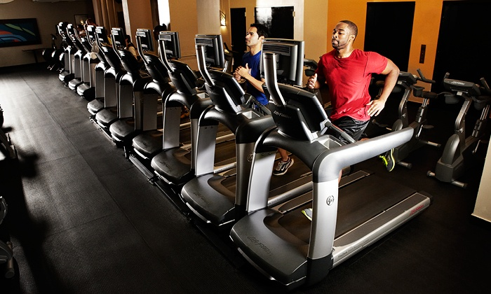 Crunch - Multiple Locations: $70 for a One-Year Base Gym Membership at Crunch ($197 Value)