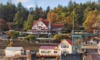 GROUPON: Victorian B&B on Orcas Island Orcas Hotel