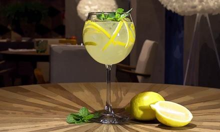 ⏰Apericena napoletano con cocktail per 2 persone (sconto 52%). Prenota&Vai!