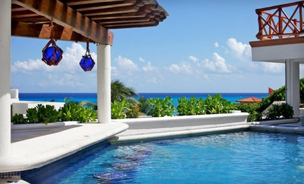 Miami: Four-, Five-, or Seven-Night Stay with Daily Breakfast at Illusion Boutique Hotel in Playa del Carmen