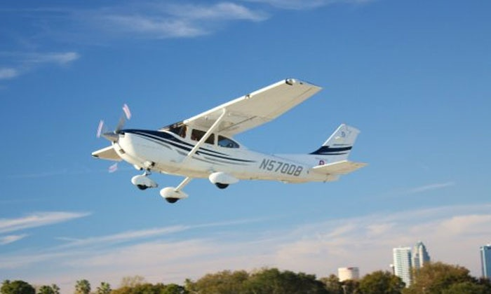 Atlas Aviation - Davis Islands: $125 for a One-Hour Scenic Airplane Tour for Two from Atlas Aviation ($250 Value)