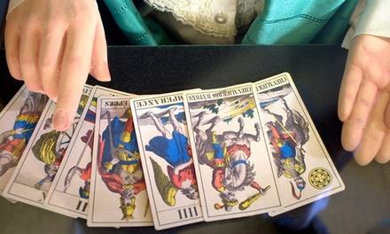 Tirage de cartes de Tarot comprenant 3 questions à 19,90 € chez Thème Astral- Voyance