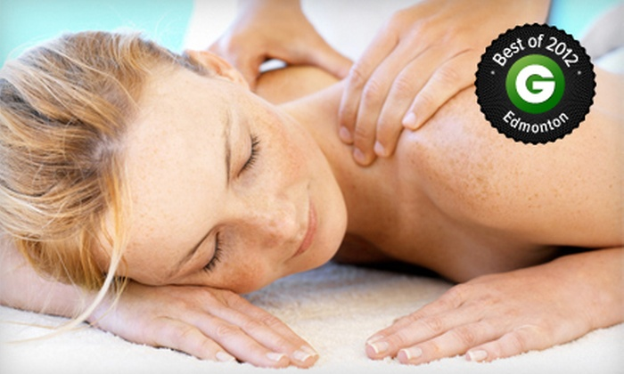 The Beauty Lounge - The Beauty Lounge: $42 for a 60-Minute Therapeutic Massage at The Beauty Lounge ($85 Value)