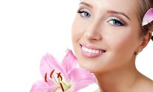 New Line: 3 o 5 pulizie del viso con definizione sopracciglia (sconto fino a 78%)