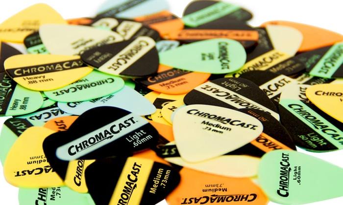 ChromaCast Vintage Guitar Picks 60-Piece Sampler: 60-Pack of ChromaCast Vintage Guitar Picks in Assorted Colors and Gauges. Free Returns.