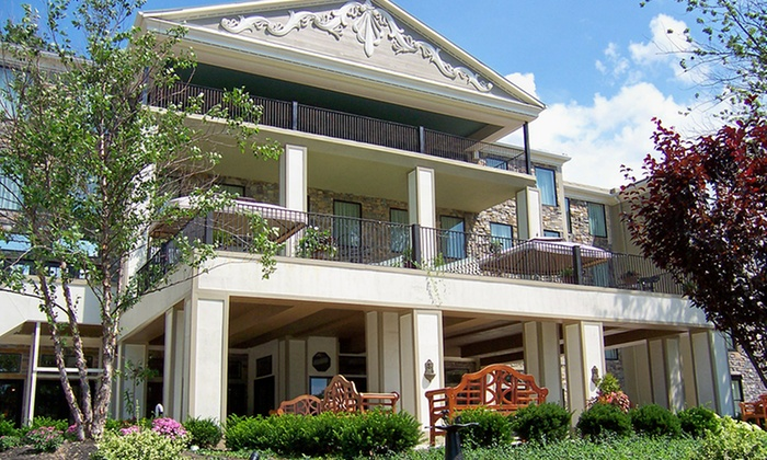 Barton Hill Hotel & Spa - Greater Niagara Falls, NY: Stay with Dining and Spa Credits at Barton Hill Hotel & Spa in Lewiston, NY; Dates into August.