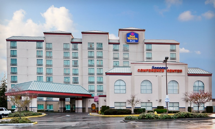 Best Western Plus Evergreen Inn & Suites - Federal Way, Washington: One- or Two-Night Stay at Best Western Plus Evergreen Inn & Suites in Greater Seattle