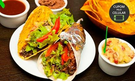 Nachos, burritos, tacos e sobremesas para 2 ou 4 pessoas no El Coyote – República