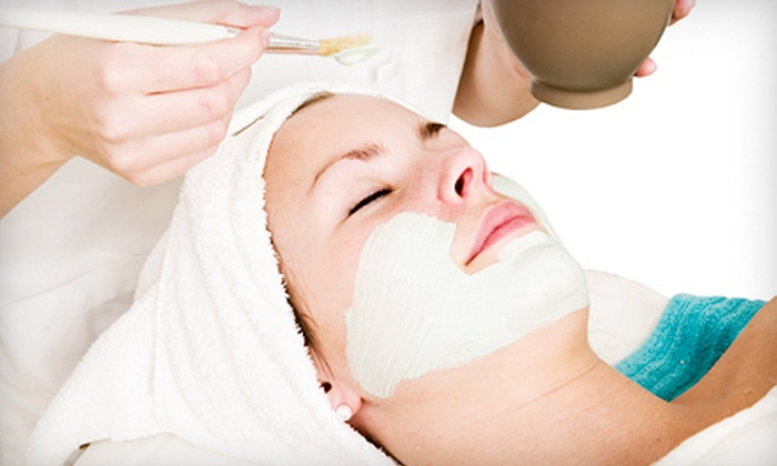 Eden Skin and Body Institute - McAlpine: Signature or Seasonal Facial at Eden Skin and Body Institute (Up to 53% Off)