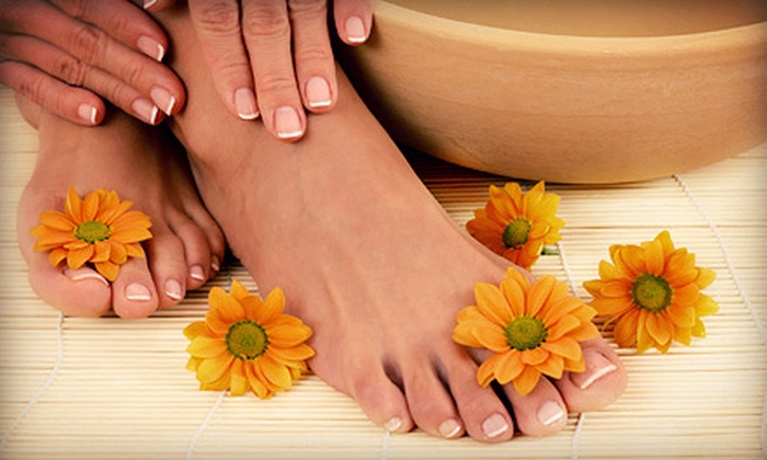 Essence of Nails - Essence of Nails - Minneapolis: $45 for a Shellac Manicure and Honey-Citrus Pedicure at Essence of Nails ($95 Value)