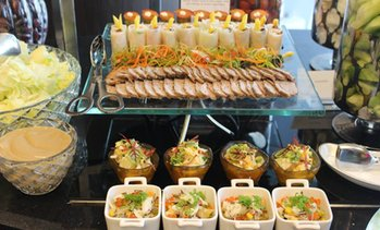 Buffet at Rosewater at 5*Jumeirah at Etihad Towers
