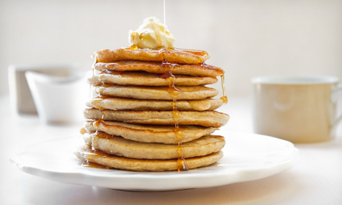 Pancake Circus - Curtis Park: $10 for $20 Worth of American Breakfast and Lunch Monday–Friday at Pancake Circus