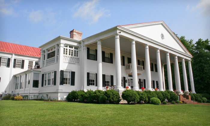 Historic Rosemont Manor - Berryville, Virginia : Two-Night Stay with Picnic Lunch, Shopping Credit, and Vineyard Passes at Historic Rosemont Manor in Berryville, VA