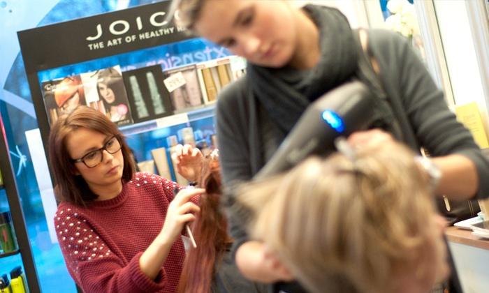 HOW by Charlotte Elsted - Frederiksberg C: Hair extensions: Påsyning af to rækker ægte hår til 1.895,- hos HOW by Charlotte Elsted