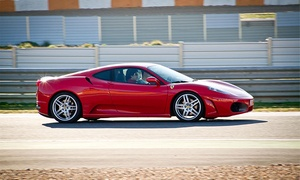 Prestige Gt: Conduce un Ferrari F430, Lamborghini Gallardo o Porsche Boxter Cup en carretera o circuito de 7, 23 o 30 km desde 49 €