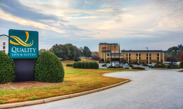 Quality Inn & Suites Airport - Greenville, SC: Stay at Quality Inn & Suites Airport in Greenville, SC. Dates Available into August.