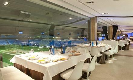 Menú para 2 o 4 con aperitivo, entrante, principal, postre y botella de vino desde 49,90 € en Real Café Bernabéu