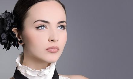 Permanent-Make-up-Behandlung für Lidstrich, Lippenkontur oder Augenbrauen bei Liana Yedoyan ab 79,90 €
