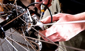 Tom's Pro Bike: Bike Head- and Taillight Set at Tom's Pro Bike (Up to 47% Off)