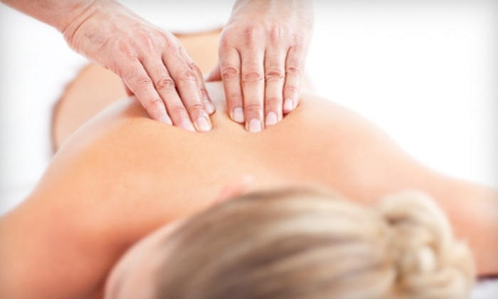 Optimal Physiotherapy Clinic - Civic Hospital - Experimental Farm - Central Park: $42 for a 60-Minute Massage at Optimal Physiotherapy Clinic ($85 Value)