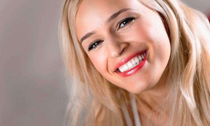 Gleam Whitening - Central Austin: $94 for a Advanced Cosmetic Teeth-Whitening Treatment at Gleam Whitening ($199 Value)
