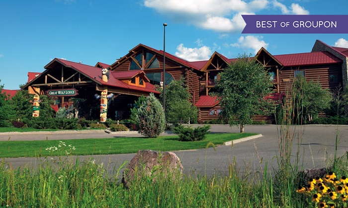 Great Wolf Lodge Wisconsin Dells - Wisconsin Dells: Stay with Daily Water Park Passes and Resort Credit at Great Wolf Lodge Wisconsin Dells. Dates into March.