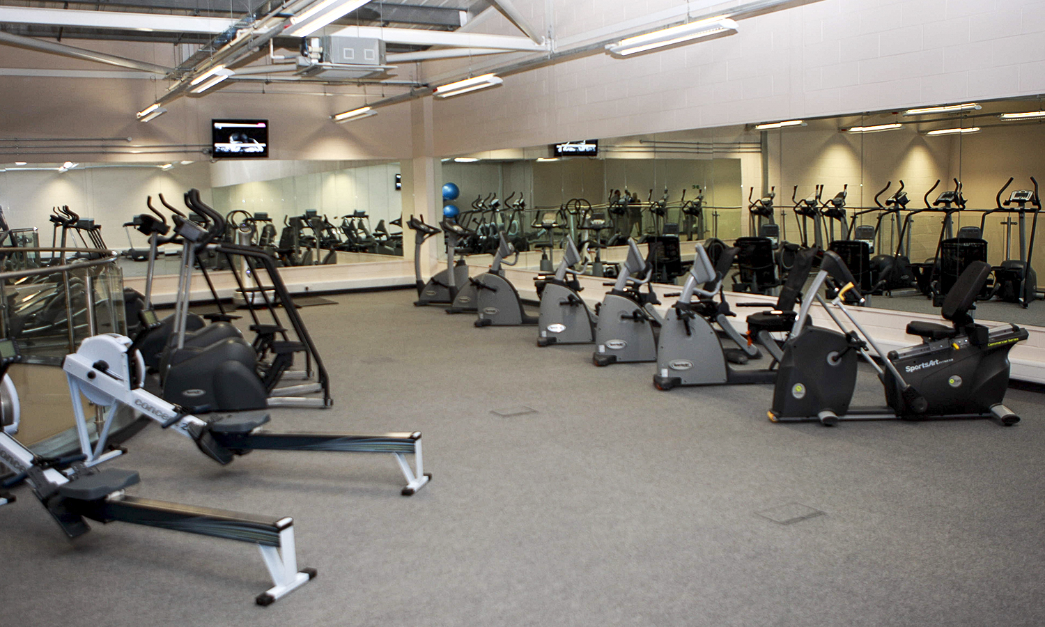 one month gym membership impact health fitness groupon. Black Bedroom Furniture Sets. Home Design Ideas