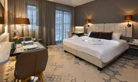 Nabij Brussel: superior 2persoonskamer met ontbijt, 2 uur wellness en naar keuze behandeling bij 4* Martin's All Suites