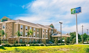 Holiday Inn Express & Suites Cleveland: Stay at Holiday Inn Express & Suites Cleveland in Texas, with Dates into December