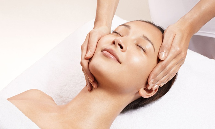 Clarins - Upper West Side: $99 for a One-Hour Custom Facial with a Luminous Eyes Treatment at Clarins ($175 Value)