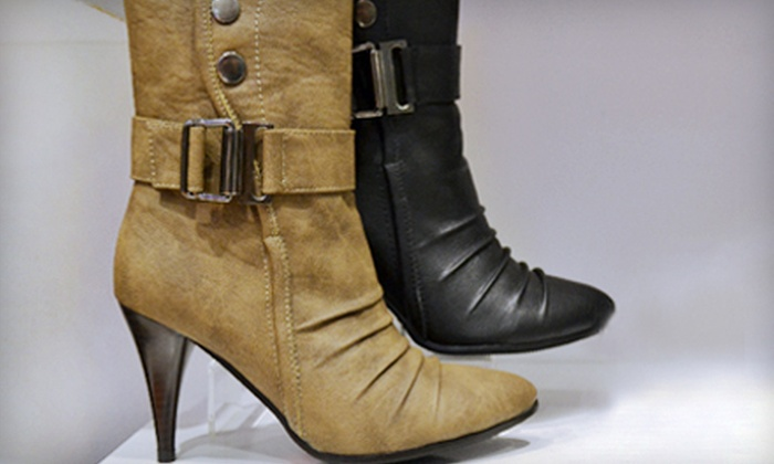Stepss Shoes - Downtown Toronto: $20 for $40 Worth of Shoes, Bags, and Accessories at Stepss Shoes