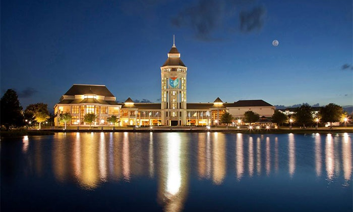 World Golf Hall of Fame IMAX Theater - World Golf Village: $35 for a Hall of Fame and IMAX Outing for Two at World Golf Hall of Fame IMAX Theater ($65 Value)