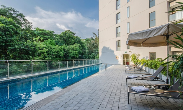 Singapore: 4* Bay Hotel Stay 5