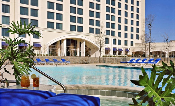 Breakfast, Drink Tickets, & WiFi at 4-Star Texas Marriott