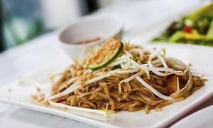 Thai - Oriental Restaurant: Menu thailandese di 4 portate con calice di vino per 2 o 4 persone da Thai - Oriental Restaurant (sconto fino a 49%)